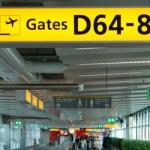 El aeropuerto de Ámsterdam-Schiphol (Luchthaven Schiphol en neerlandés) se encuentra a 15 km de 'la Venecia del Norte' y a unos tres metros por debajo del nivel del mar, siendo por esto el aeropuerto más bajo del mundo. Su trasiego de viajeros lo convierten en el aeropuerto más visitado de Holanda y, en Europa, sólo...