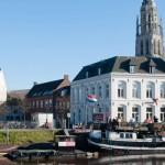 Breda, singular protagonista de uno de los cuadros más importantes de Velázquez y vinculada en el pasado a la corona española, se encuentra en Brabante, en la unión de los ríos Mark y Aa que, en sus orígenes, prestaron el nombre a la ciudad por su derivación neerlandesa. La ciudad es un importante emplazamiento industrial....
