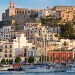 España es un país que dispone de una de las mejores redes de autovías de Europa, lo que hace que moverse en coche de alquiler sea una de las mejores opciones para aquellos turistas que desean conocer diversos lugares del país. Con pepecar.com, conseguir un coche de alquiler es fácil, rápido y barato.