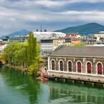 Suiza es una república federal de 26 estados, llamados cantones. Pertenece a la Unión Europea y consta, aproximadamente, de una población de 8 millones de habitantes. Además de ser uno de los países más ricos del mundo según su PIB per cápita, dispone de innumerables destinos que se pueden visitar. Recorrer Basilea, Ginebra, Suiza combinado...